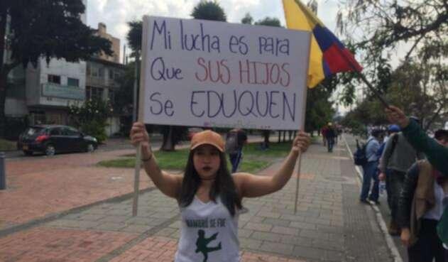 Marcha de estudiantes en Bogotá 1