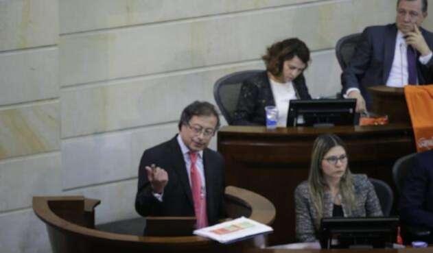 El senador Gustavo Petro ha sido cuestionado por sus cuentas de campaña.