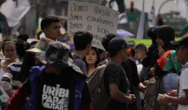 Manifestantes y agentes del Esmad terminaron enfrentados.