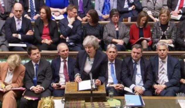 Primera ministra Theresa May en el Parlamento