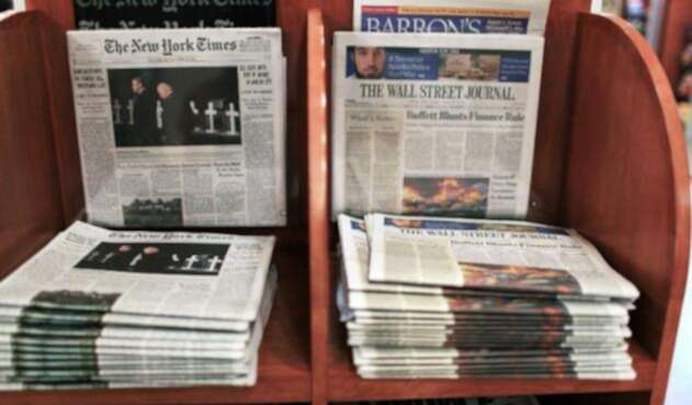 The New York Times y The Wall Street Journal en sus versiones impresas