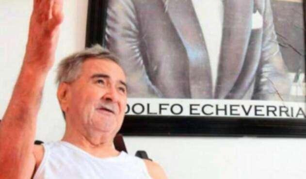 El maestro Adolfo Echeverría se encuentra en delicado estado de salud.