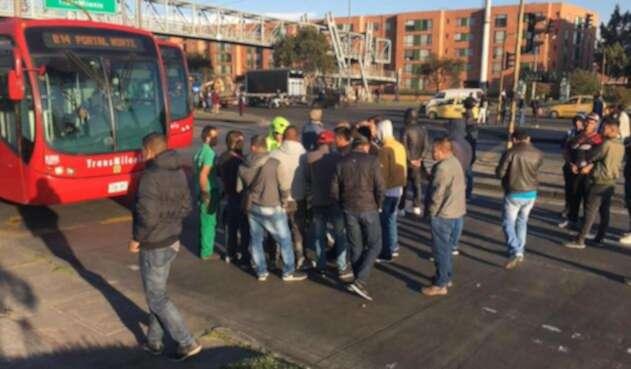 Usuarios de Transmilenio se vieron afectados por los bloqueos en las vías del sistema