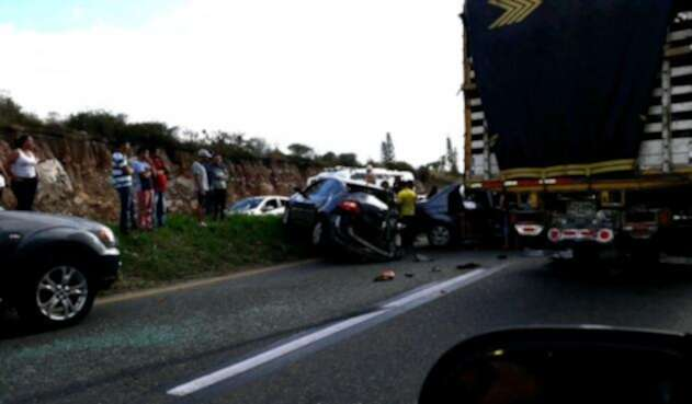 Accidente en plan éxodo via Bogotá Girardot