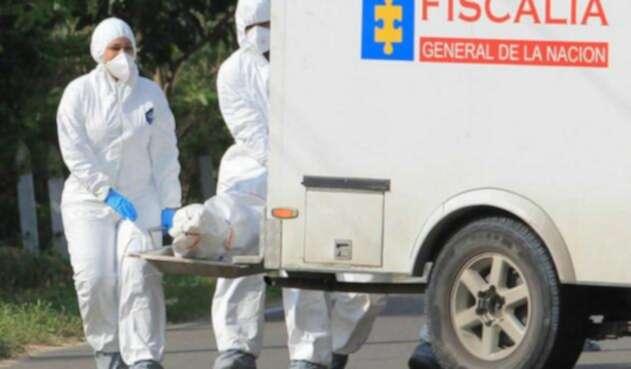 Mujer en embarazo fue asesinada por un hombre que intentó lanzarse al río Medellín.