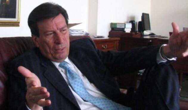 Gilberto Orozco, abogado