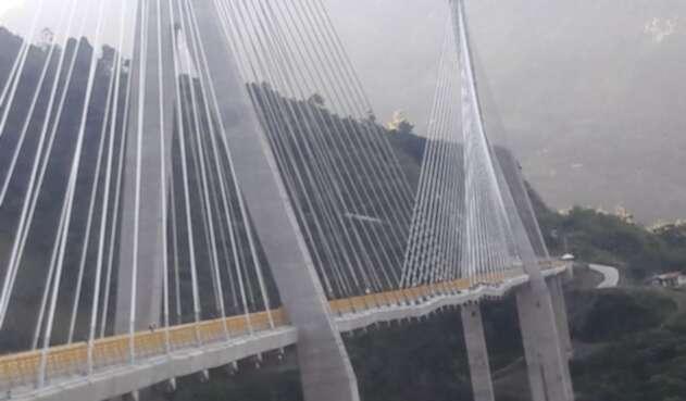 Finaliza la prueba dinámica en el puente Hisgaura