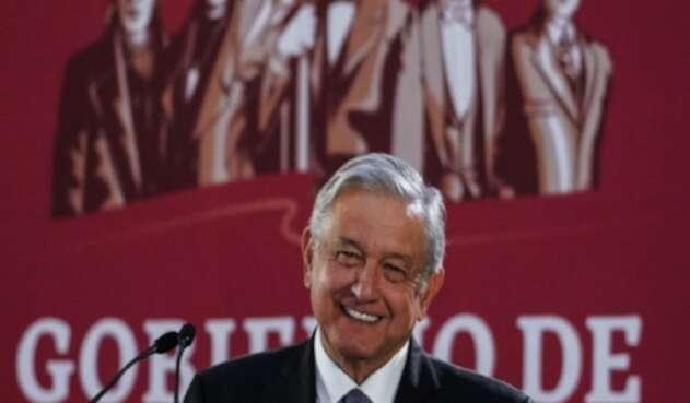 Andrés Manuel López Obrador, presidente de México devolvió parte de su salario como jefe de Estado.