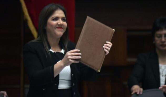 María Alejandra Vicuña renunció a su cargo de vicepresidenta.