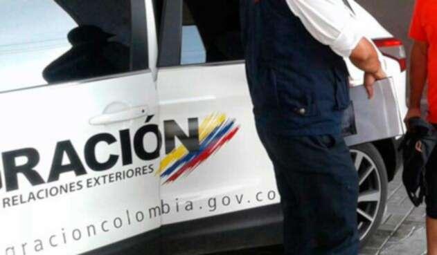Funcionarios de Migración Colombia
