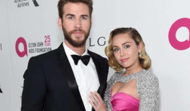 La joven cantante confirmó a través de redes sociales su unión matrimonial con el actor.