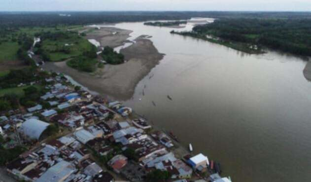 Río Caquetá a la altura del municipio de Solita