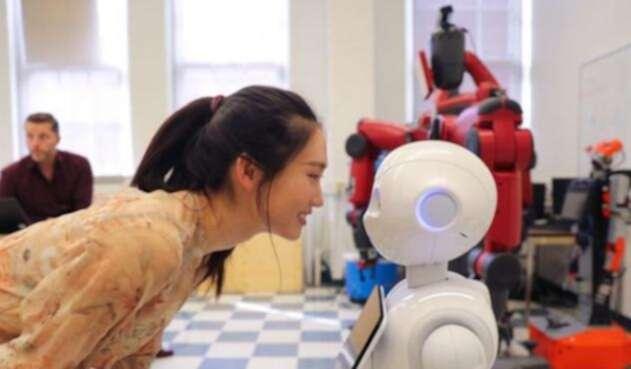 Robot Pepper ayudará a vencer la soledad