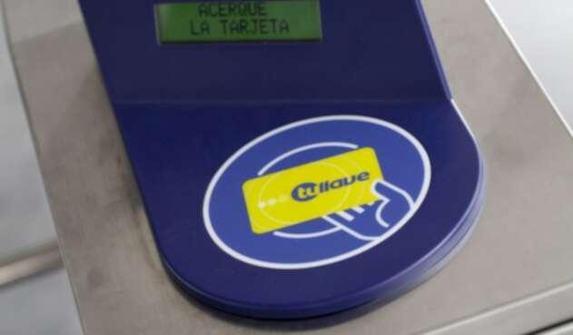 La tarjeta Tu llave de Transmilenio.