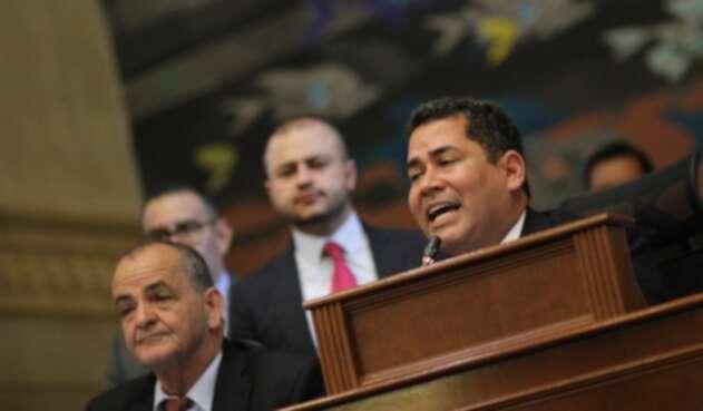 Presidente de la Cámara, Carlos Chacón, en plenaria