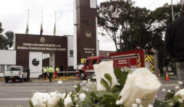 Fachada de la escuela General Santander, tras atentado con carro bomba.