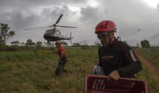 Labores de rescate y soporte en Minas Gerais, Brasil, tras ruptura de dique