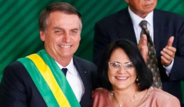 Damares Alves y Jair Bolsonaro.