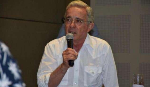 El senador Álvaro Uribe arrancó en el Caribe la búsqueda de los candidatos del Centro Democrático.
