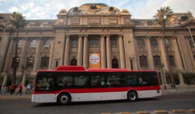 Así son los buses eléctricos en Santiago de Chile.