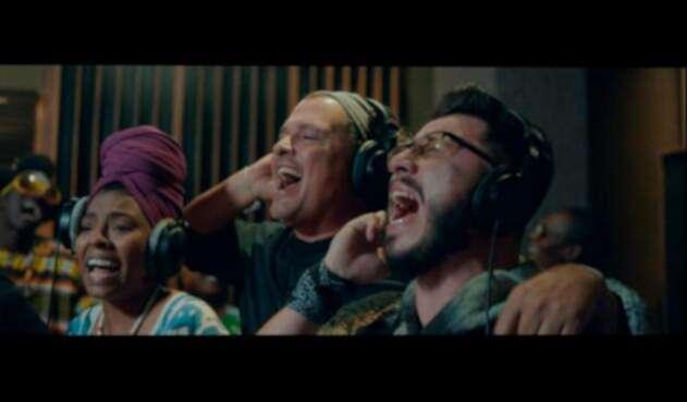 Déjame quererte, Carlos Vives ft.