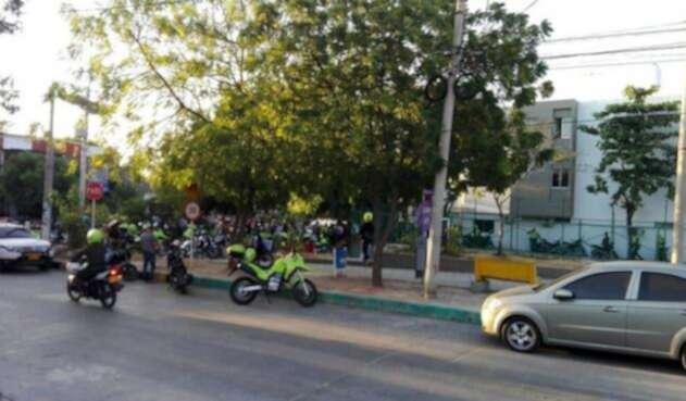 Zona del atentado en la estación de Policía de San José, en Barranquilla