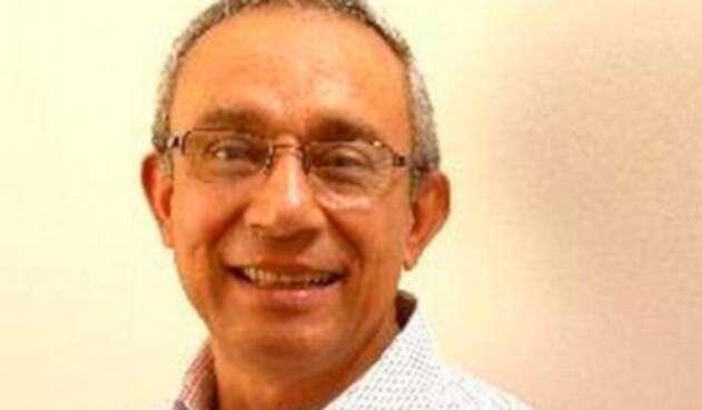Darío Acevedo Carmona, doctor en Historia y columnista