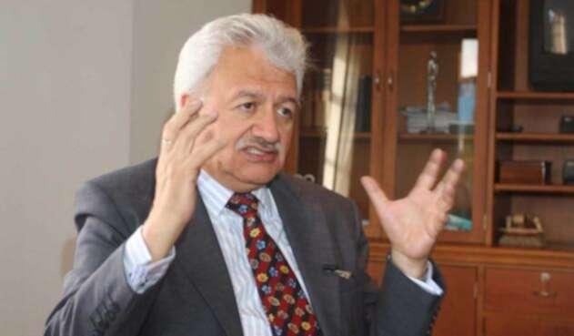 Everth Bustamante es señalado de ser el emisario secreto del Gobierno ante el ELN