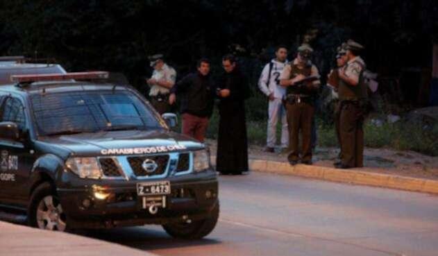 Autoridades atienden explosión en Santiago de Chile