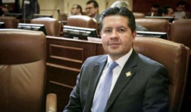 Hernán Estupiñán congresista