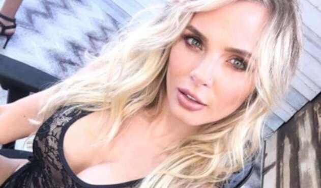La presentadora publicó contenido que demostraría que su exnovio le habría sido infiel durante un viaje.