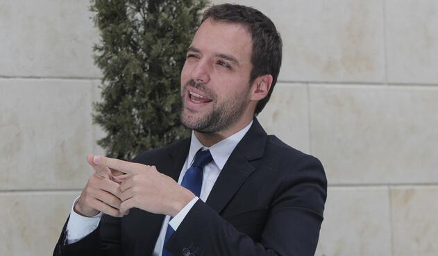 Luis Ernesto Gómez, exviceministro de Transporte será aspirante a la Alcaldía de Bogotá.
