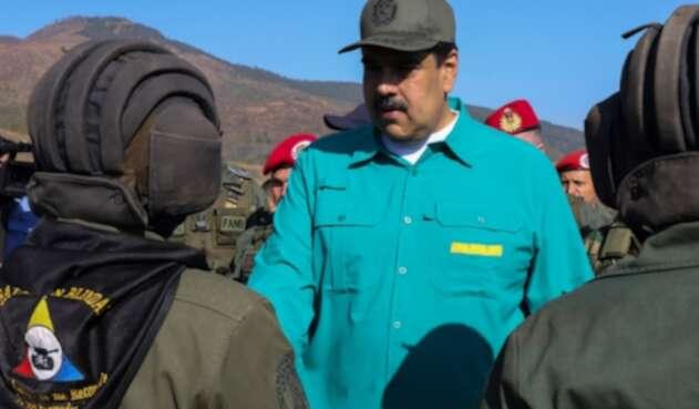 Nicolás Maduro, presidente de Venezuela, en Naguanagua, Carabobo, junto a sus Fuerzas Militares.