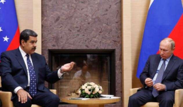 Los presidentes Nicolás Maduro y Vladimir Putin, de Venezuela y Rusia, respectivamente, el 5 de diciembre de 2018 en Moscú