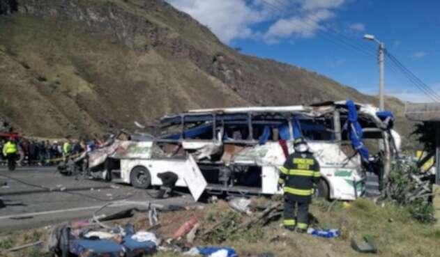 La zona del accidente de bus en Ecuador.