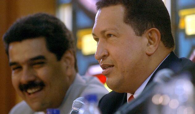 La figura de Hugo Chávez, fallecido tal día como hoy hace siete años, inunda cada rincón de Venezuela en forma de pintura, mural, pancarta o canción