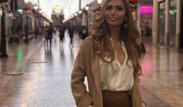La exrepresentante de España en Miss Universo reapareció en las pasarelas luciendo  prendas pequeñas.