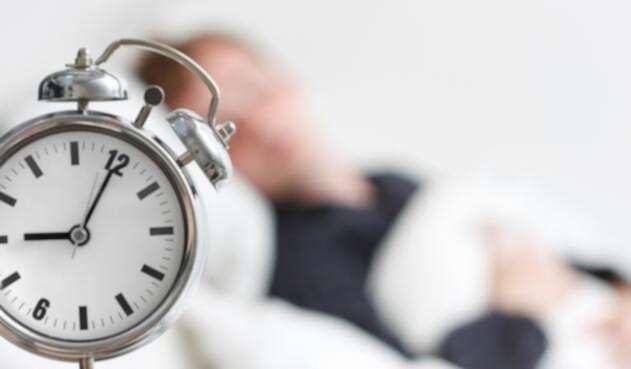 Reloj despertador para trabajadores impuntuales, el regalo de un gobernador.