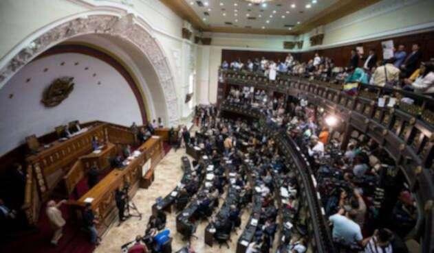 En Parlamento venezolano habría un explosivo