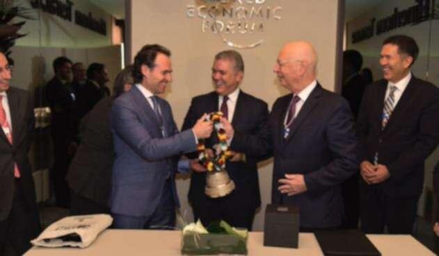 Desde Suiza, el alcalde de Medellín confirmó que la designación de la ciudad como sede de la Cuarta Revolución Industrial costará 2 millones de dólares