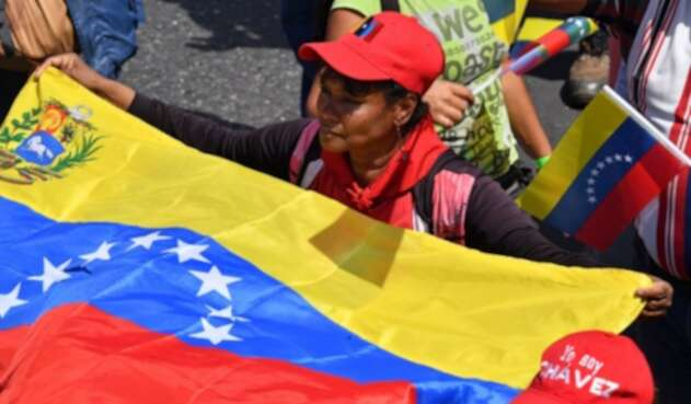 Venezolanos en Caracas