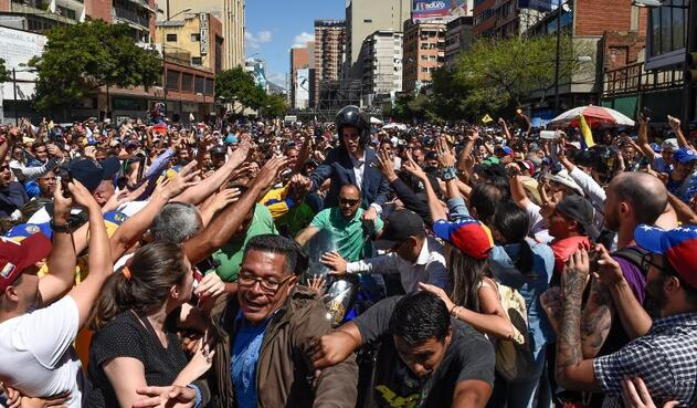 Cientos de miles de venezolanos marcharon en Caracas