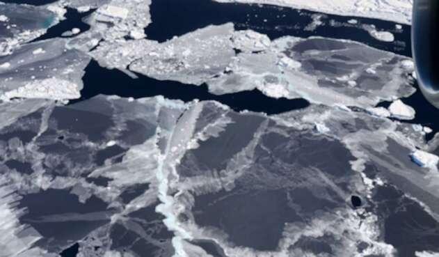 Antartida foto tomada desde un satélite