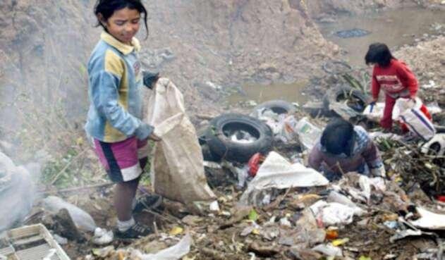 Los niños y ancianos son más vulnerables a la contaminación.