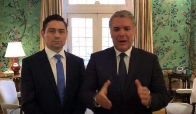 Presidente Iván Duque y el embajador Carlos Vecchio
