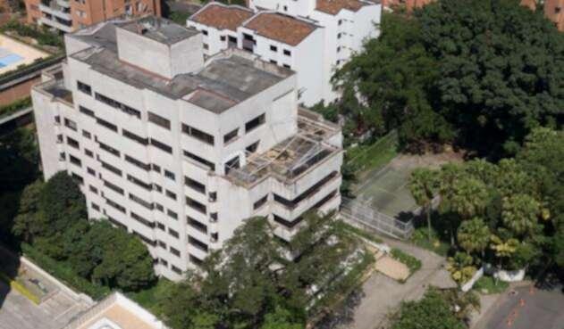 El edificio Mónaco, en El Poblado (Medellín)