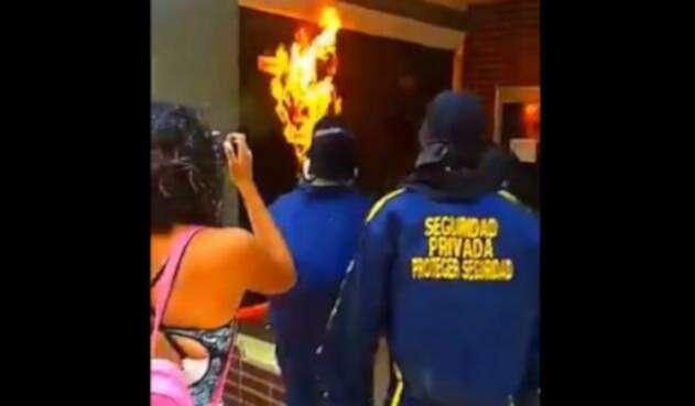 Protesta con bomba incendiaria en Barranquilla