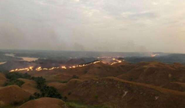 Incendio en el Meta, en el sector conocido como Indio Acostado.
