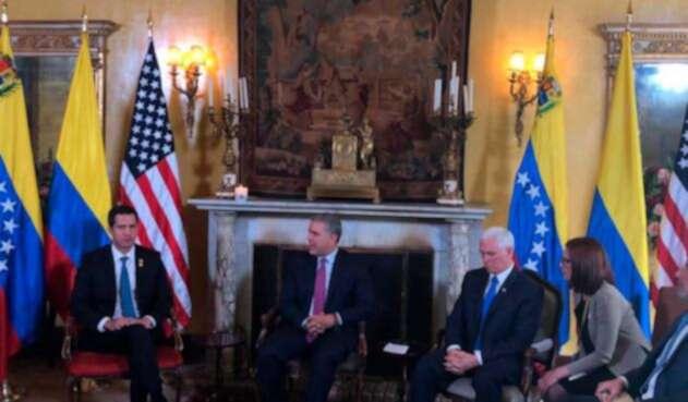 Juan Guaidó, Mike Pence se reúnen en Bogotá