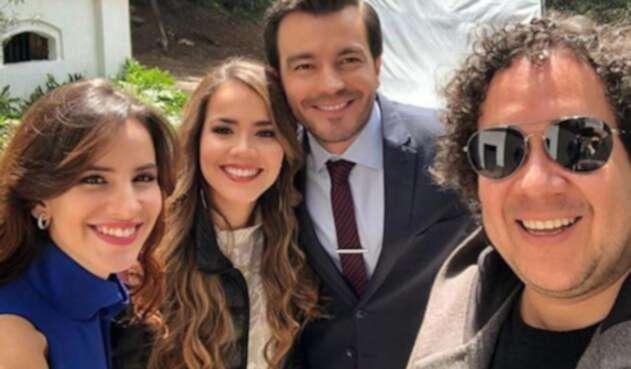 Laura de León confesó a sus seguidores que ella no es la actriz que interpreta las escenas íntimas en la serie.